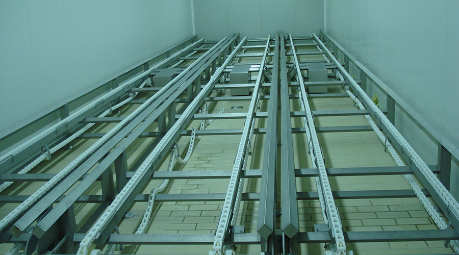 CONVEYORS FOR PARKING MOULDS