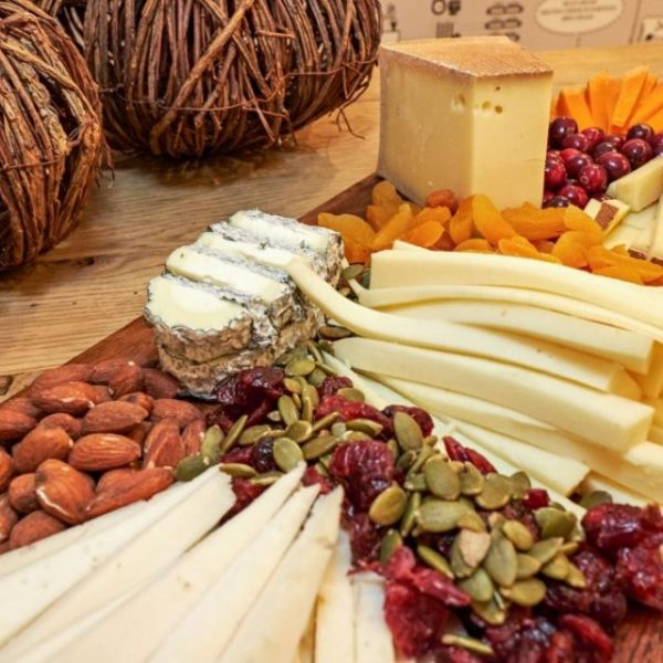 7-greek-cheeses-took-part-cheese-tasting-event